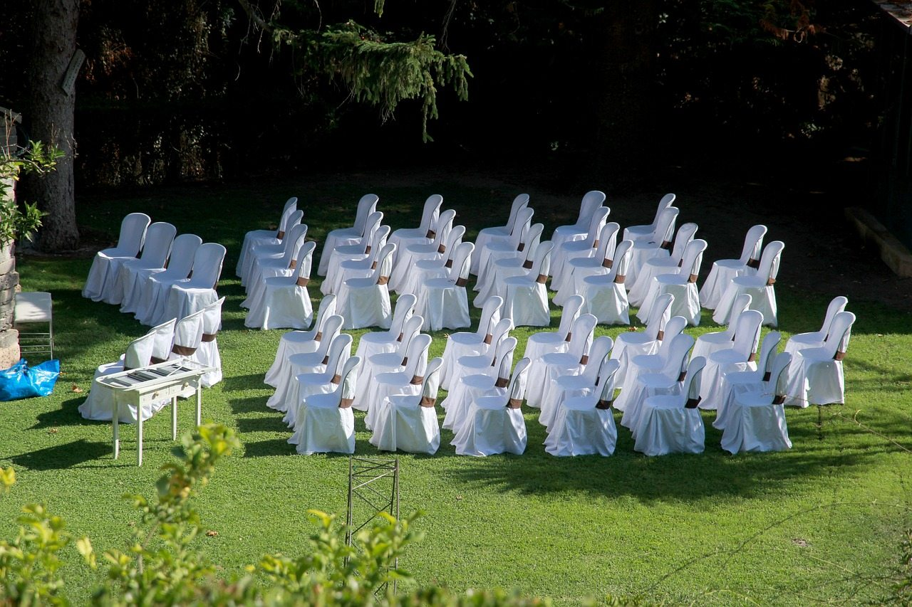 chairs-1666070_1280