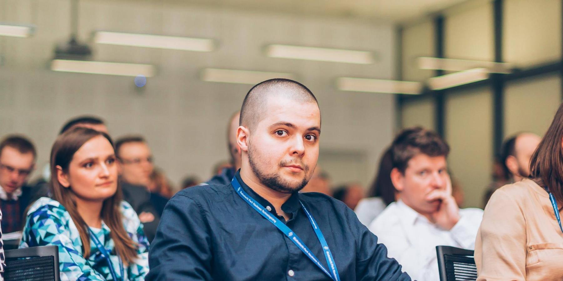Wywiad zRobertem Marczakiem – Landingi.pl