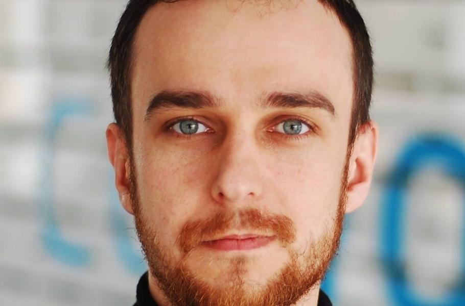Chcę być fair wobec czytelników! – wywiad zArturem Jabłońskim (Jeszcze Jeden Blog)