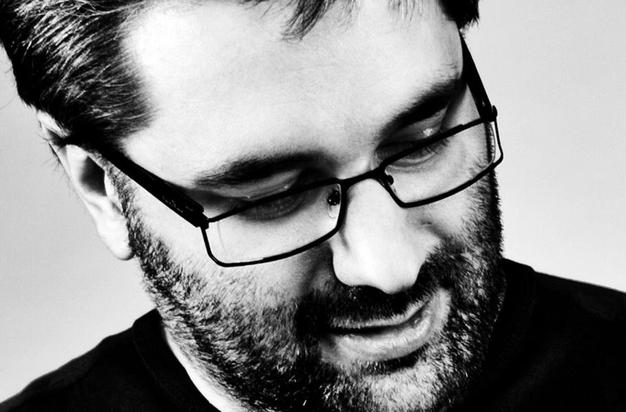 Paweł Tkaczyk, Midea: Wszystko zaczęło się odksiążek