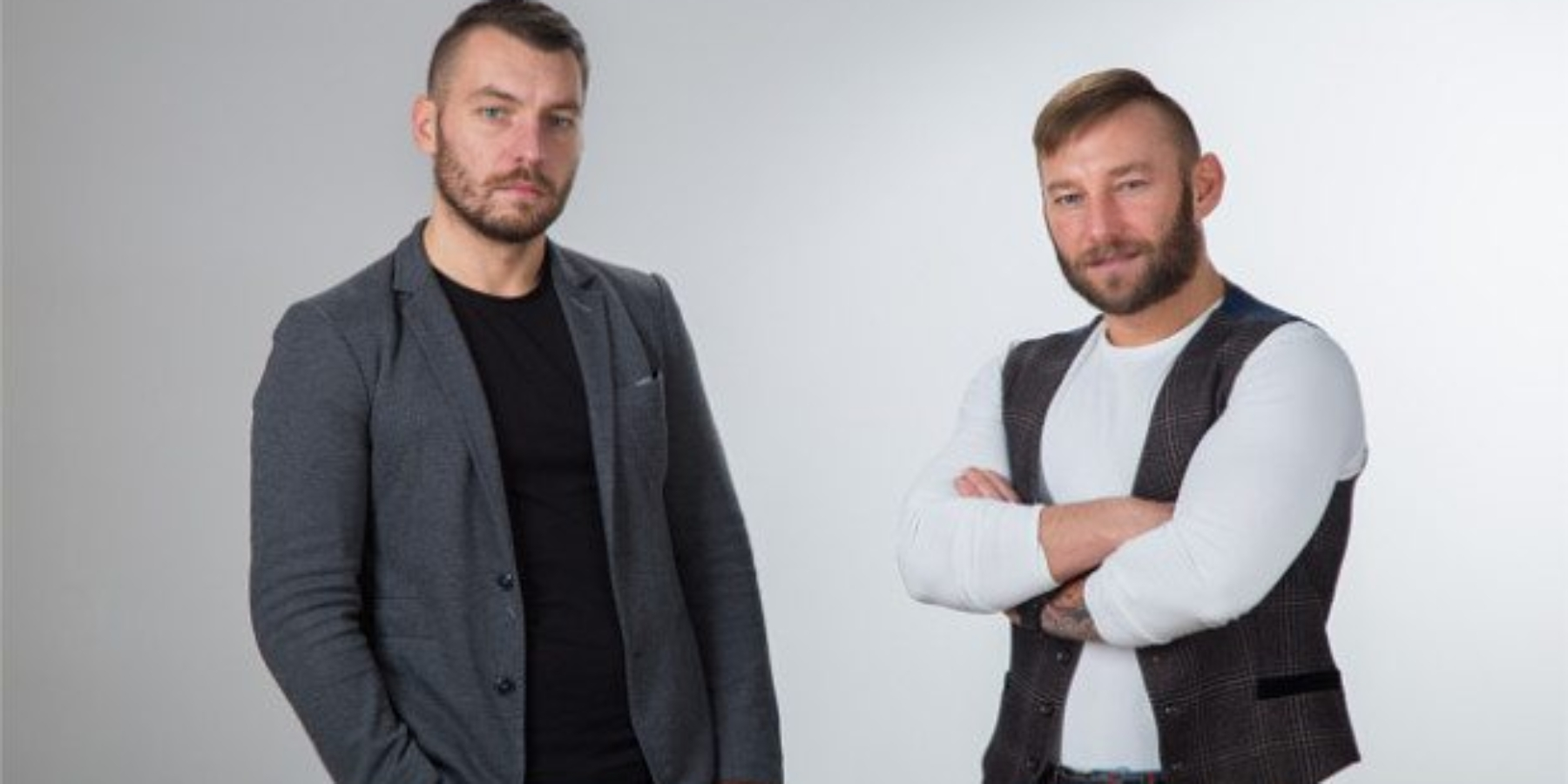 Startupy tonietylkoaplikacje iinternet. Poznaj braci Piotrowskich, którzytworzą boiska piłkarskie zkontenerów