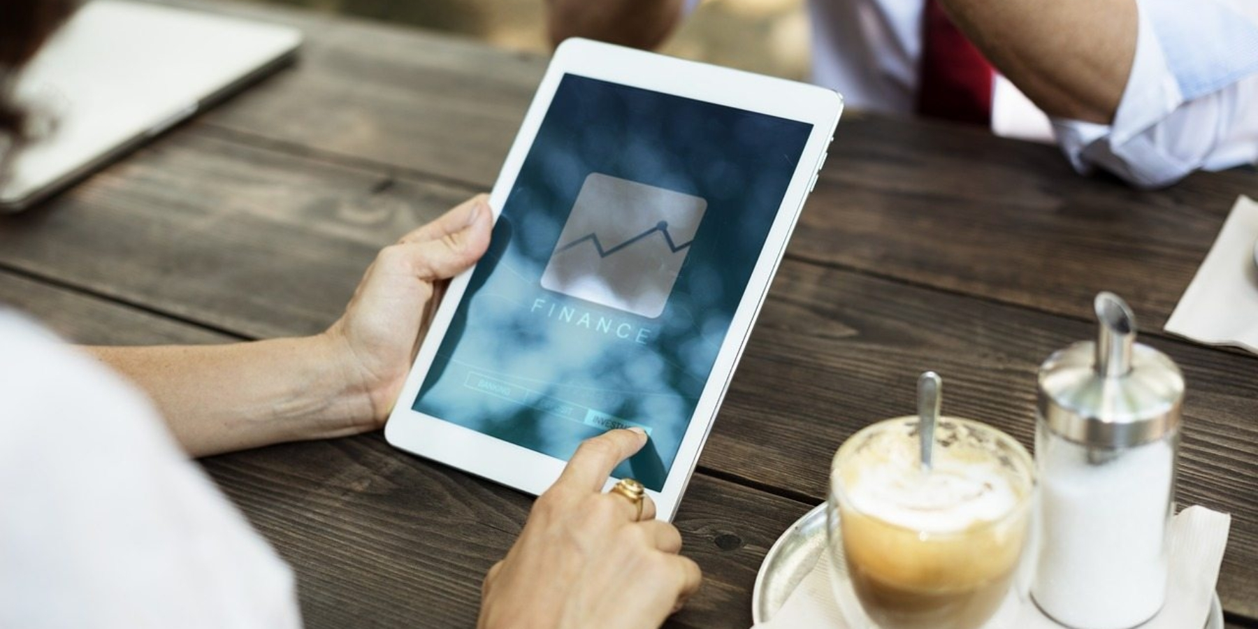 Jak zbudować (iutrzymać) zaufanie klientów online?