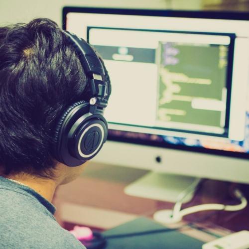 Zarobki w IT i wymagania programistów. Co zmieniła pandemia