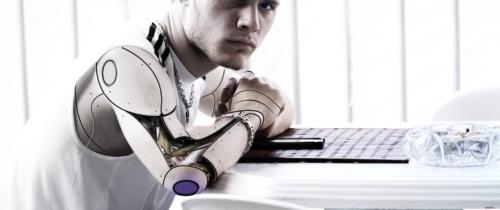 Transhumanizm ocali nas czyzniszczy? Anthony Levandowski założył religię, wktórejBogiem ma być maszyna!