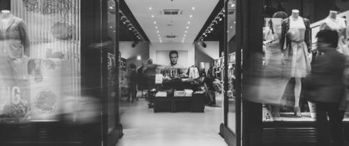 Prasówka e-commerce #62 E-commerce zyska 300 milionów złotych w2018 roku. Towynik zakazu handlu wniedzielę