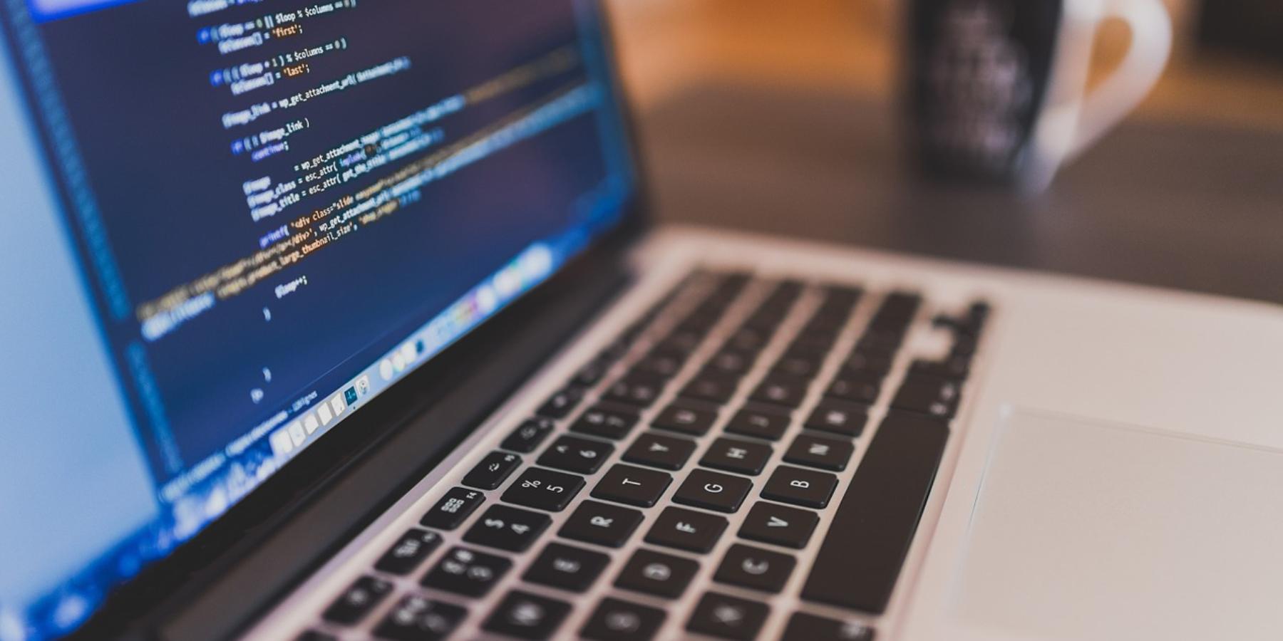 Wywiad zMichałem Mysiakiem – jak osiągnąć sukces wbranży IT?