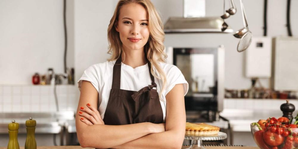 Odzież gastronomiczna: jak ubrać kelnerów ibarmanów?