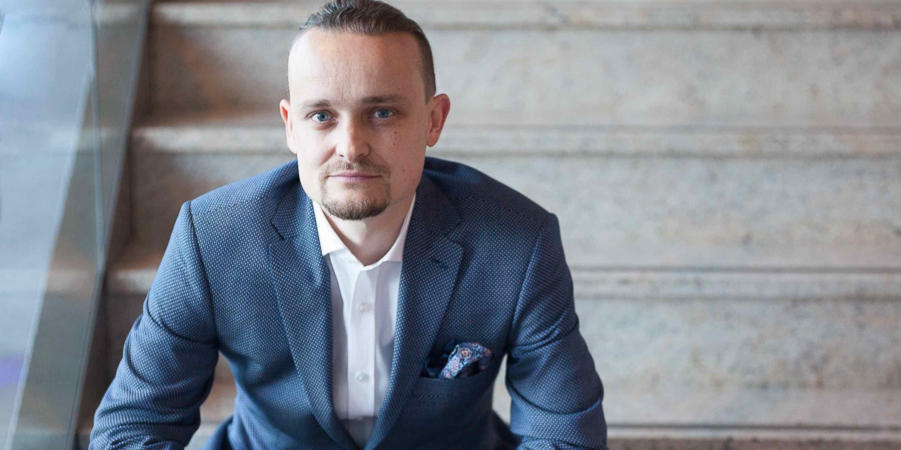 W. Tomaszewski, ANSWEAR: Musimy zbudować lovebrand. Tylkotakutrzymamy klientów [WYWIAD]