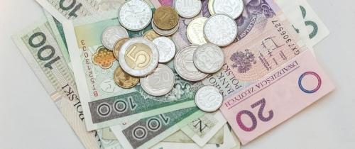 Ile trzeba zarabiać żebydostać kredyt gotówkowy?