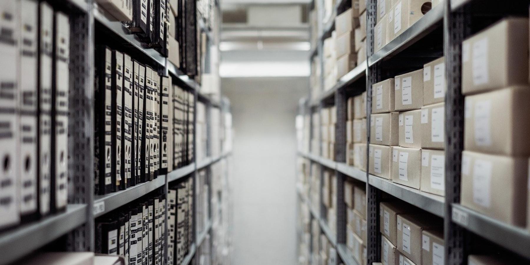 Naczym polega logistyka magazynowania?