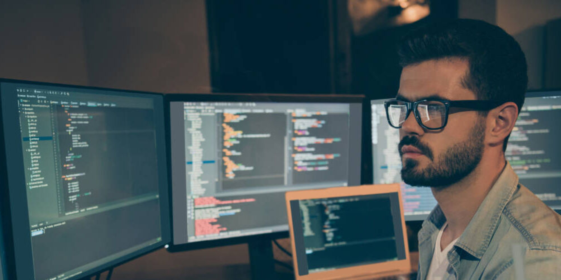 Jak pomóc firmom wznalezieniu dobrego specjalisty? Jak wyglądają szczeble rekrutacji wbranży IT?