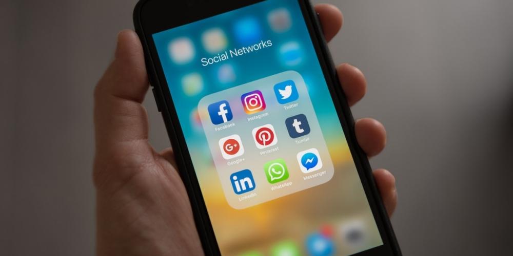 Przyszłość social media. Czytoprawda, żeFacebook umiera?
