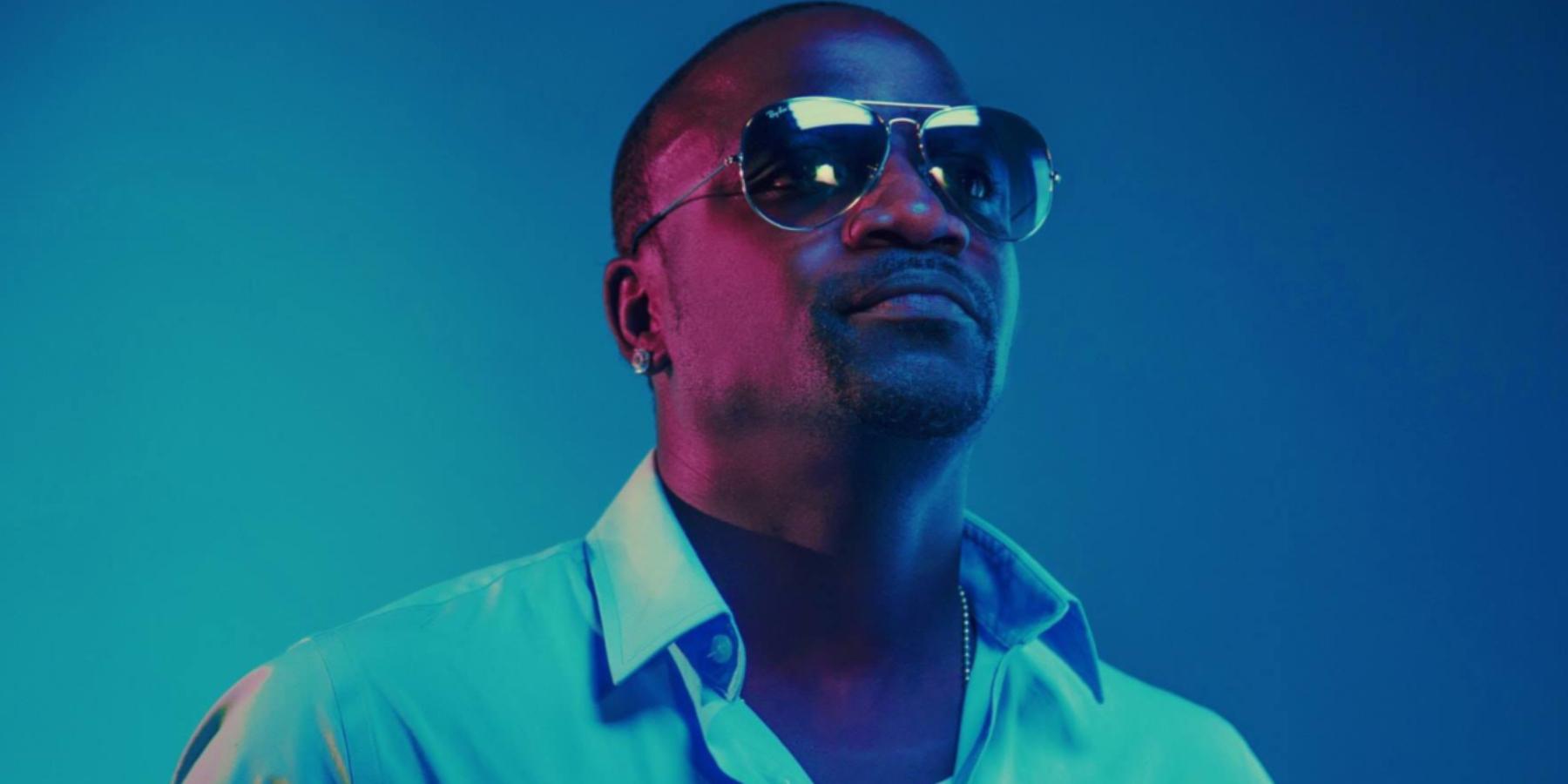 Akon wybuduje miasta oparte oblockchain ienergię odnawialną wAfryce. Smart city zdominują Czarny Ląd?