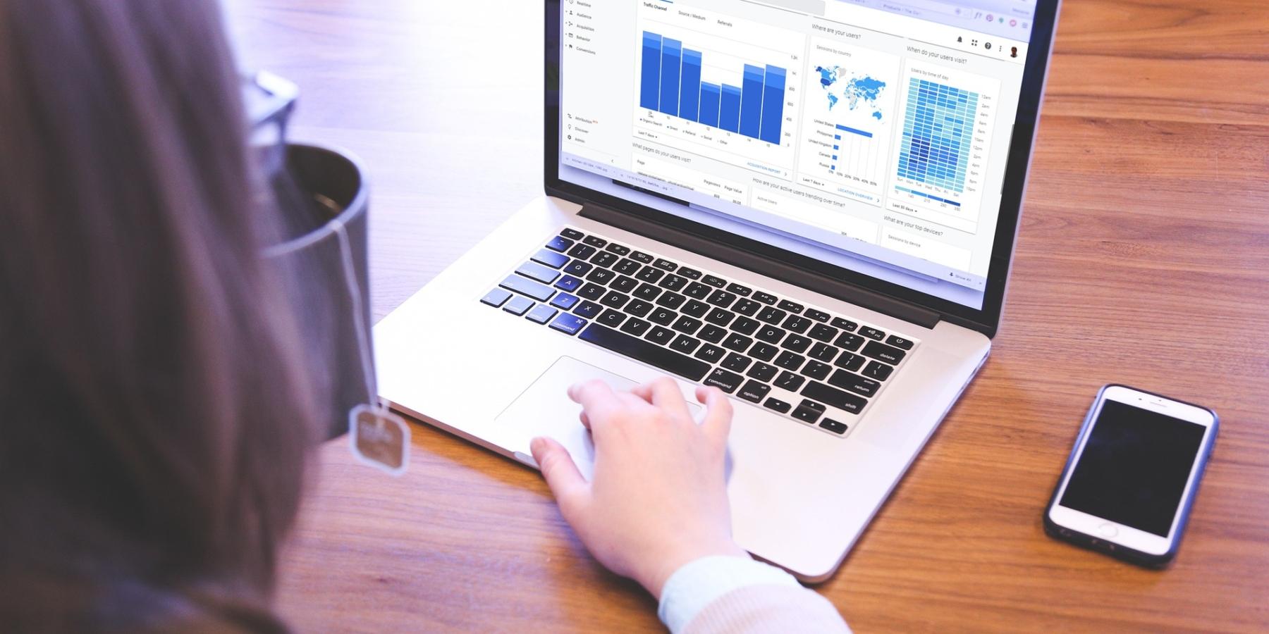 Lista TOP 500 sklepów wGoogle. Znamy liderów branży e-commerce wPolsce. Nowe badanie pokazuje, kto rządzi wSEO