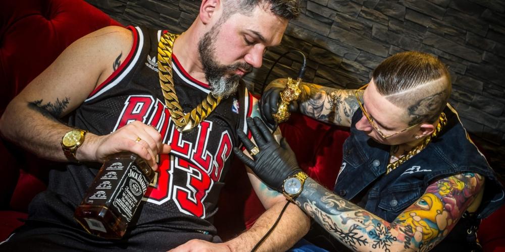 Polska branża tatuażu doczekała się własnego marketplace. Poznajcie TattooArtist