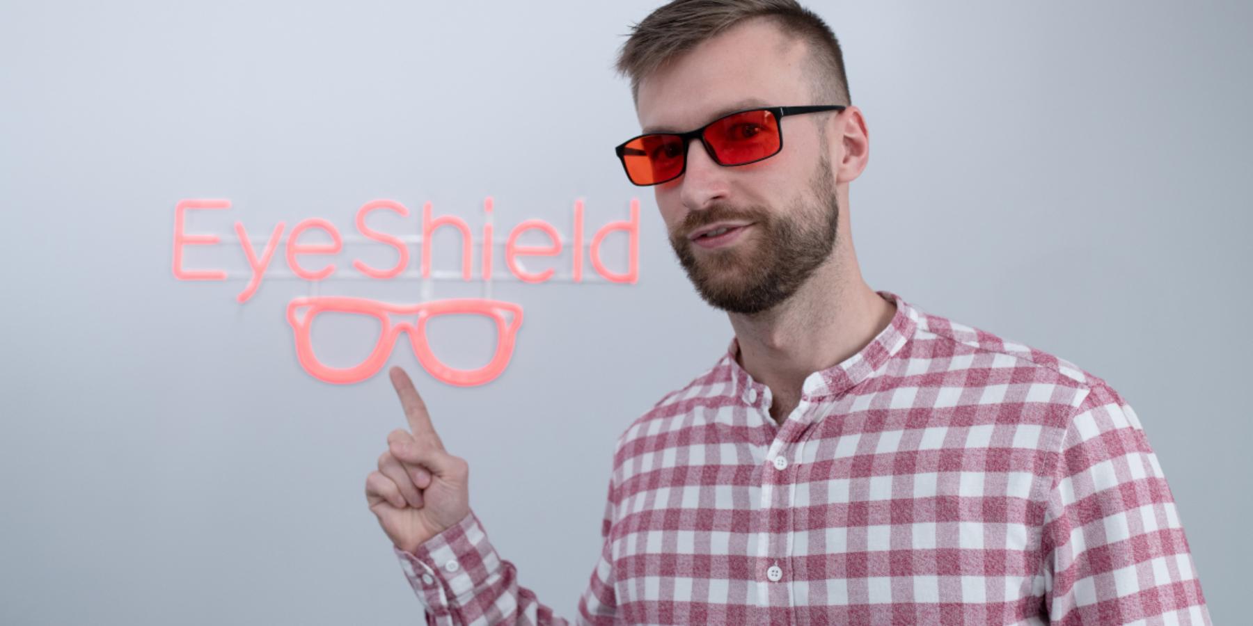 Stworzył okulary, które poprawią Twoją regenerację. Rozmawiamy zSebastianem Kilichowskim oEyeShield