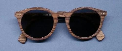 Jego firma stolarska miała tradycję od 1840 roku. Dziś Sylwan Chlebowski pozostaje na emeryturze i rzeźbi w drewnie… okulary