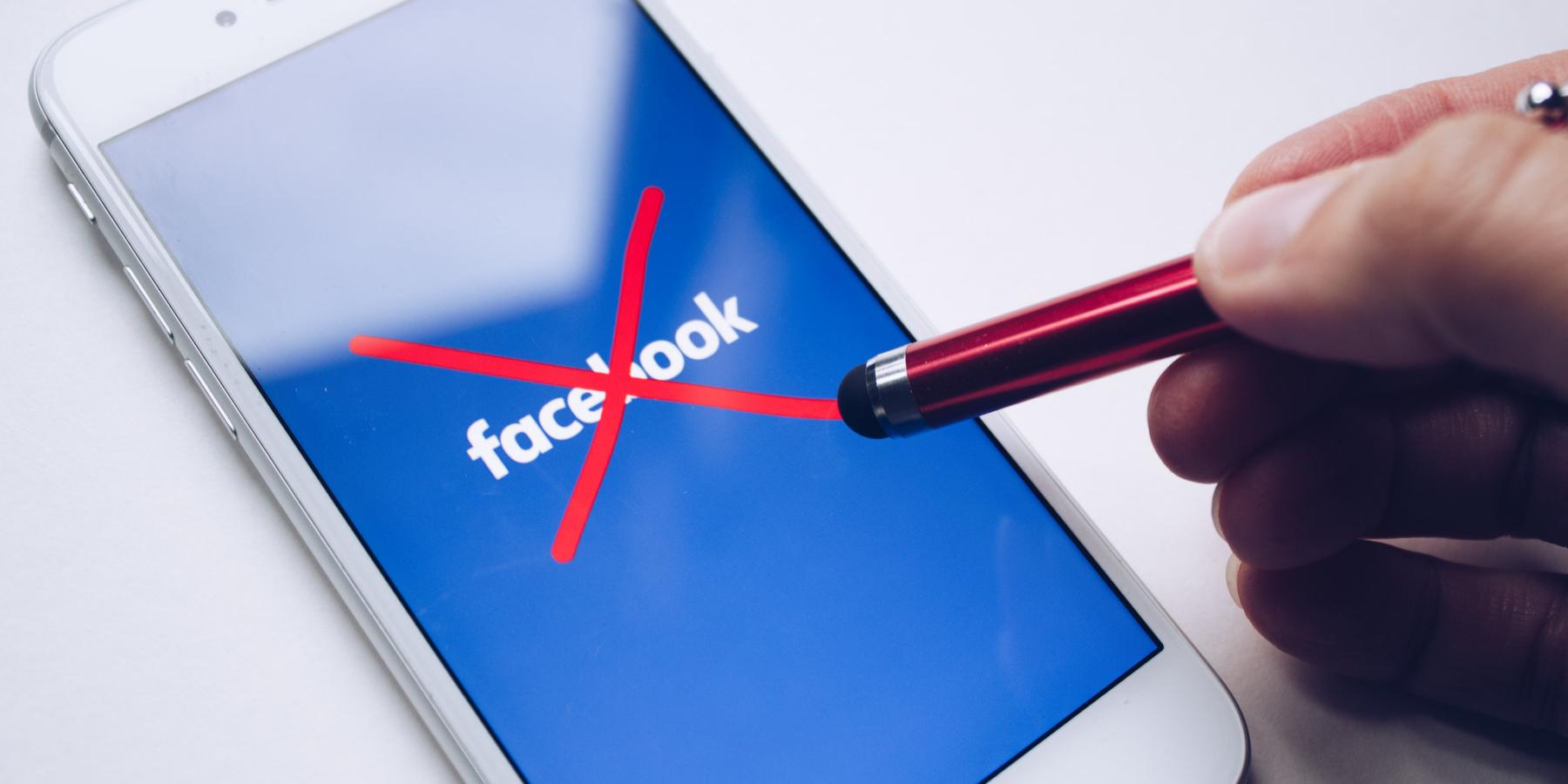 Facebook, Instagram czyTwitter inwigilują nas icenzurują. Odpowiedzią mają być niszowe social media – czymają szansę wwalce zgigantami?