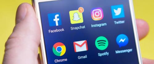 Google i Facebook tracą sojusznika w walce z mediami. Big techy mają 60% rynku reklamowego, a Biden rozważa podatek cyfrowy
