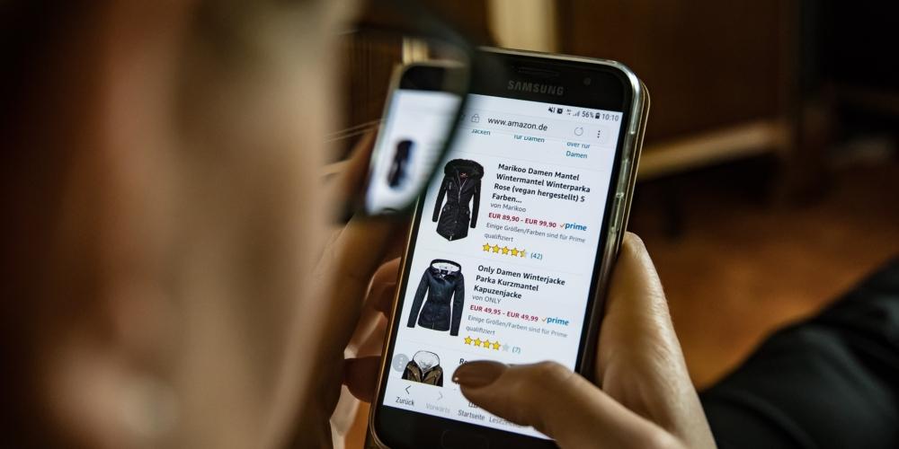 Jak sklepy internetowe ustalają ceny? Automatyzacja odpowiedzią narosnącą konkurencję