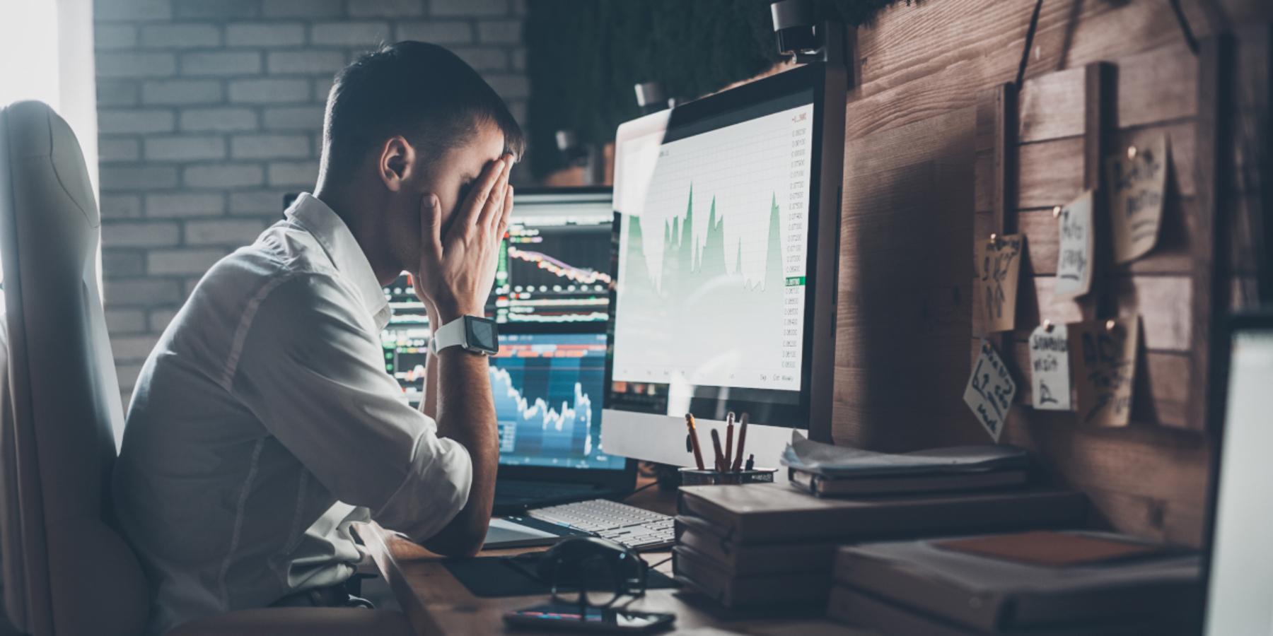 Stres przedsiębiorcy torzecz, zktórą borykać musi się każdy właściciel firmy. Aż 62% przedsiębiorców doświadcza stanów depresyjnych