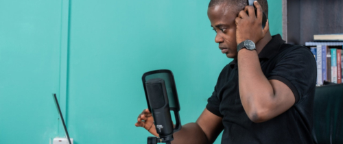 Nigeryjski startup uczy programowania na smartfonach. Są już oficjalnymi partnerami Google i Microsoft