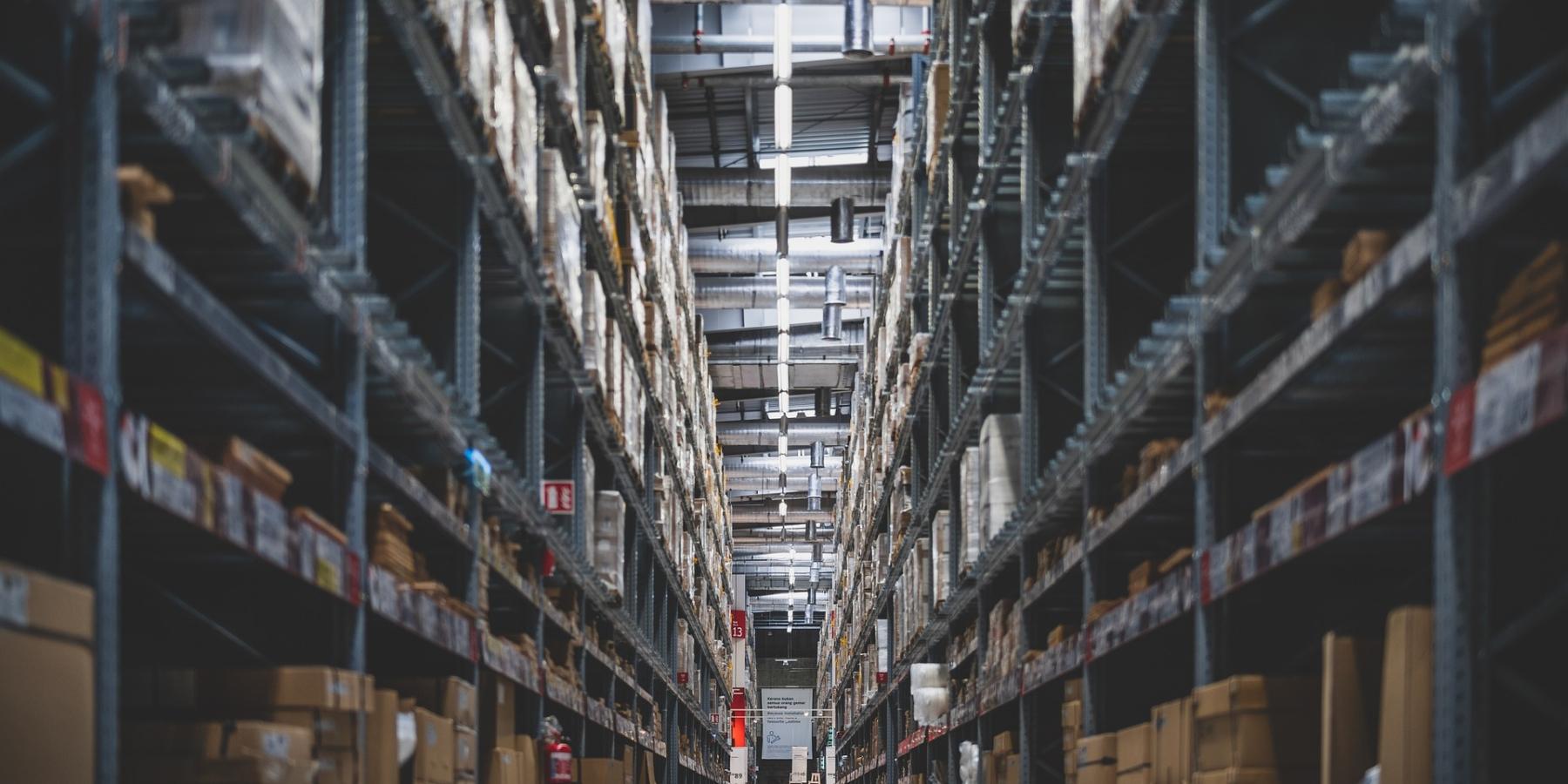 Zlinii produkcyjnej wprost doutylizacji. Brytyjskie media: Amazon niszczy miliony produktów